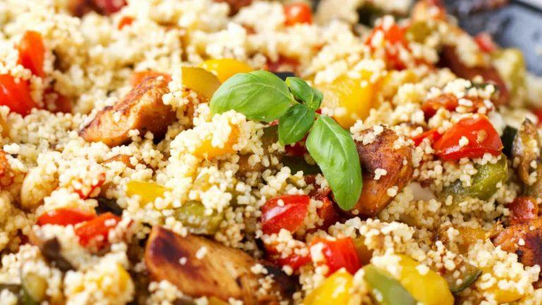 Cuscuz de Millet com Frango e Mistura de Legumes
